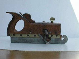 Kimberley Screw Shafted Plough with decorative skate